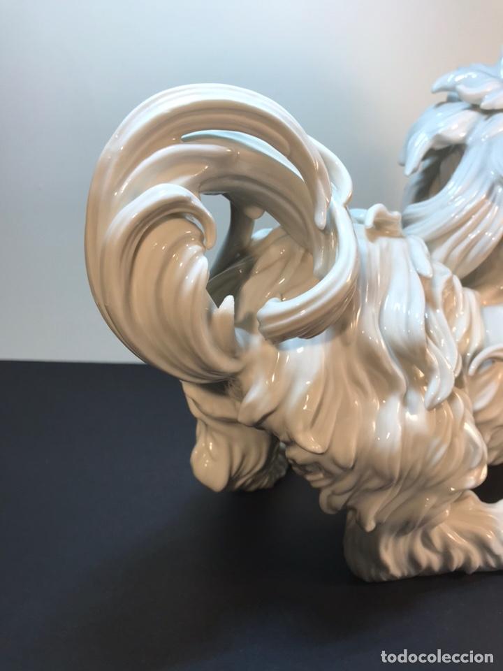 Antigüedades: Figura Porcelana- España- Algora- Perro Boloñés- 40x19x24 cm. - Foto 27 - 163490364