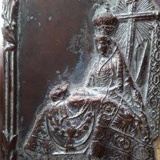 Antigüedades: ANTIGUA PLACA DE LA VIRGEN DE LAS ANGUSTIAS DE GRANADA. Lote 163562420