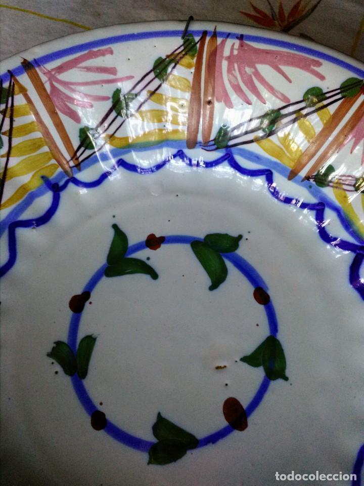Antigüedades: Plato antiguo de cerámica de triana - Foto 3 - 163575414