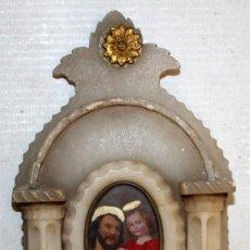 Antigüedades: BENDITERA EN ALABASTRO, PORCELANA Y IMAGEN CENTRAL LITOGRAFIADA DE SAN JOSE Y EL NIÑO. CIRCA 1900. Lote 163724218