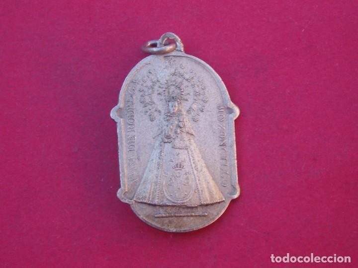 MEDALLA ANTIGUA VIRGEN DE RODELGA. MOZONCILLO. SEGOVIA. (Antigüedades - Religiosas - Medallas Antiguas)