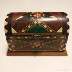 Antigüedades: RARO COFRE ANTIGUO . TARACEA DE GRANADA.. Lote 163796370