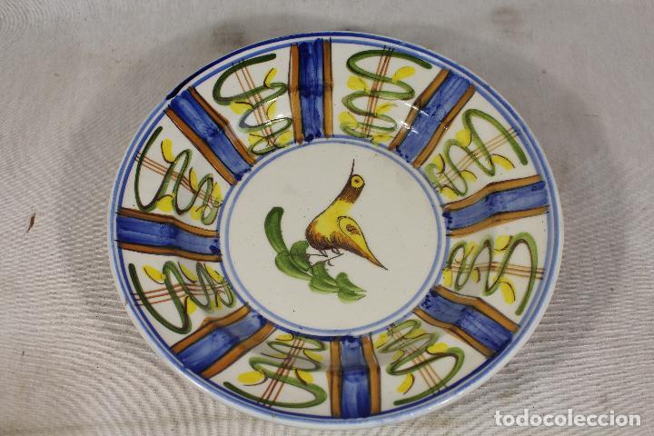 Antigüedades: plato antiguo pintado a mano firmado lario - Foto 3 - 163807686