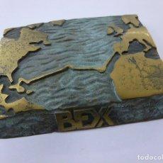 Antigüedades: BEX METAL 9 X 9 CENTIMETROS-200 GRAMOS - N. Lote 163877018