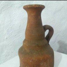Antigüedades: JARRA DE CERÁMICA BUÑO 19 CMS. Lote 163927369