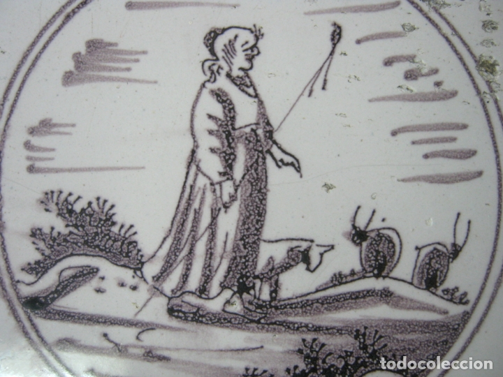 Antigüedades: Bello Azulejo Delft s.XVIII Manganeso - pastora - Foto 2 - 163968270