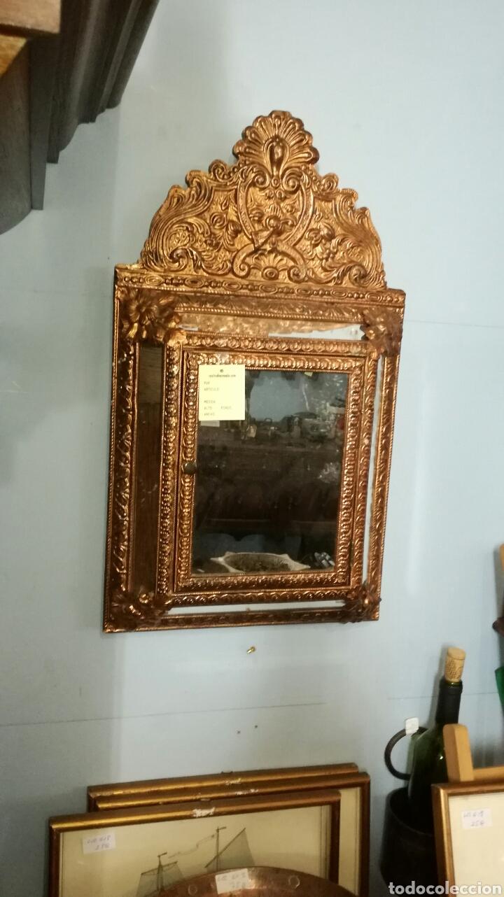 ESPEJO DORADO DE METAL (Antigüedades - Hogar y Decoración - Marcos Antiguos)