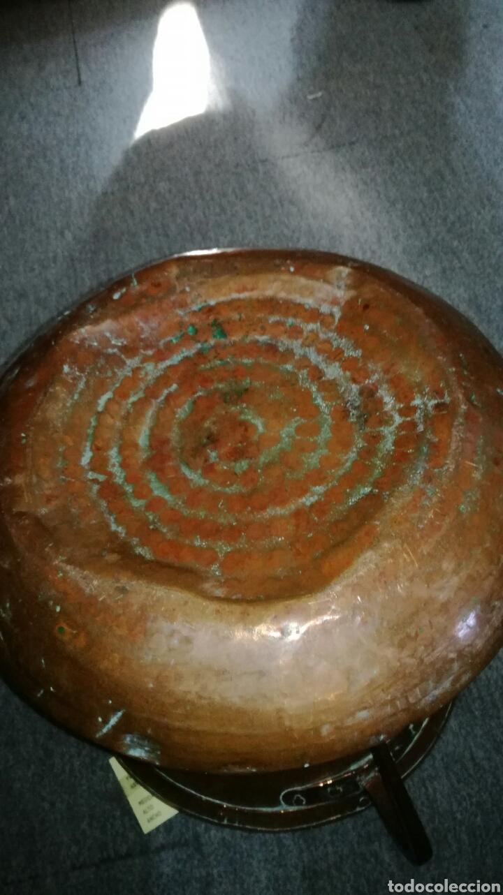 Antigüedades: Cubo de cobre repujado con asas - Foto 4 - 164041690