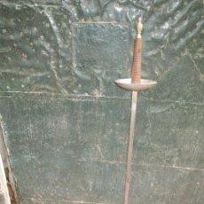 Antigüedades: ESPADA FLORETE DE ACERO TOLEDANA Y EMPUÑADURA DE MADERA FABRICA DE TOLEDO. Lote 164072966