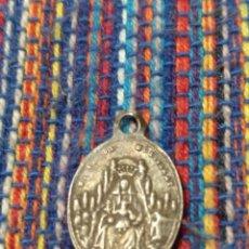 Antigüedades: ME- ANTIGUA Y BONITA MEDALLA DE PLATA VIRGEN DE MONTSERRAT LARGO: 20 MM.. Lote 164103021