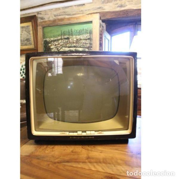 Antigüedades: Antiguo televisor aleman Grudig - Foto 2 - 164279574
