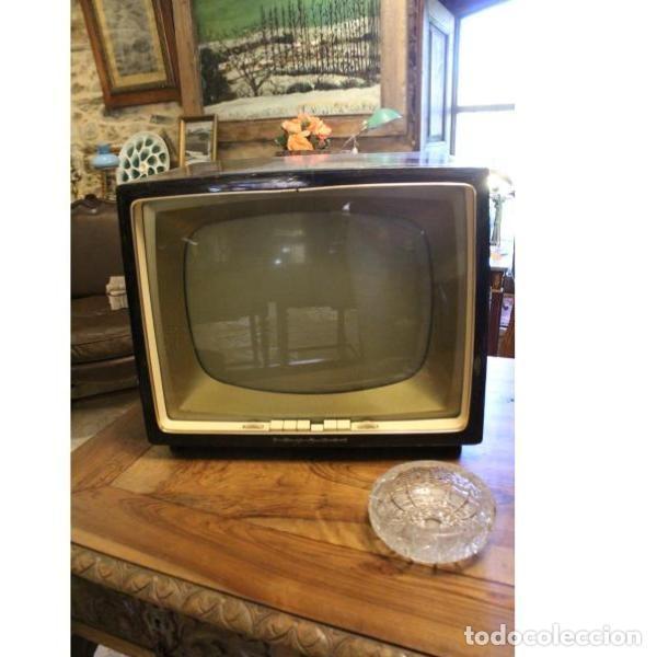 Antigüedades: Antiguo televisor aleman Grudig - Foto 14 - 164279574