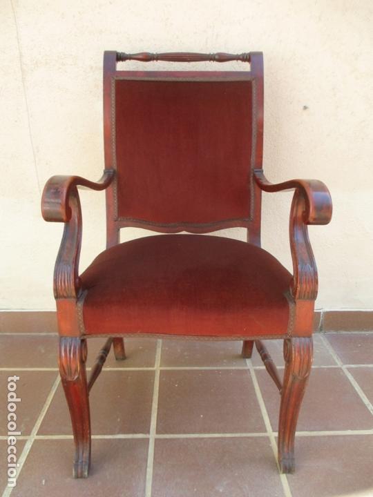 Antigüedades: Pareja de Sillones - Sillón, Madera de Haya Color Caoba - Tapicería en Terciopelo Rojo - Años 40 - Foto 2 - 164410162