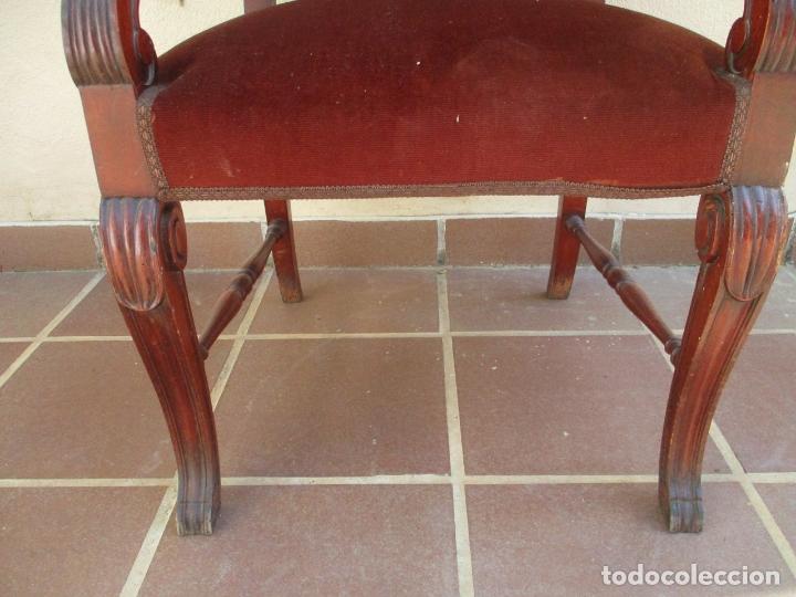 Antigüedades: Pareja de Sillones - Sillón, Madera de Haya Color Caoba - Tapicería en Terciopelo Rojo - Años 40 - Foto 3 - 164410162