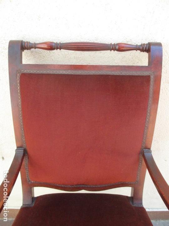 Antigüedades: Pareja de Sillones - Sillón, Madera de Haya Color Caoba - Tapicería en Terciopelo Rojo - Años 40 - Foto 5 - 164410162