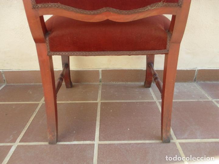 Antigüedades: Pareja de Sillones - Sillón, Madera de Haya Color Caoba - Tapicería en Terciopelo Rojo - Años 40 - Foto 10 - 164410162