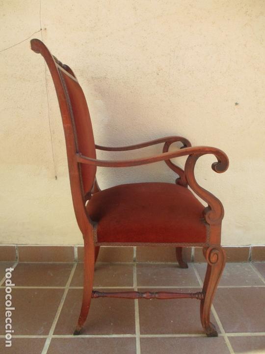 Antigüedades: Pareja de Sillones - Sillón, Madera de Haya Color Caoba - Tapicería en Terciopelo Rojo - Años 40 - Foto 12 - 164410162