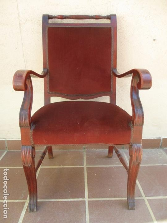 Antigüedades: Pareja de Sillones - Sillón, Madera de Haya Color Caoba - Tapicería en Terciopelo Rojo - Años 40 - Foto 13 - 164410162