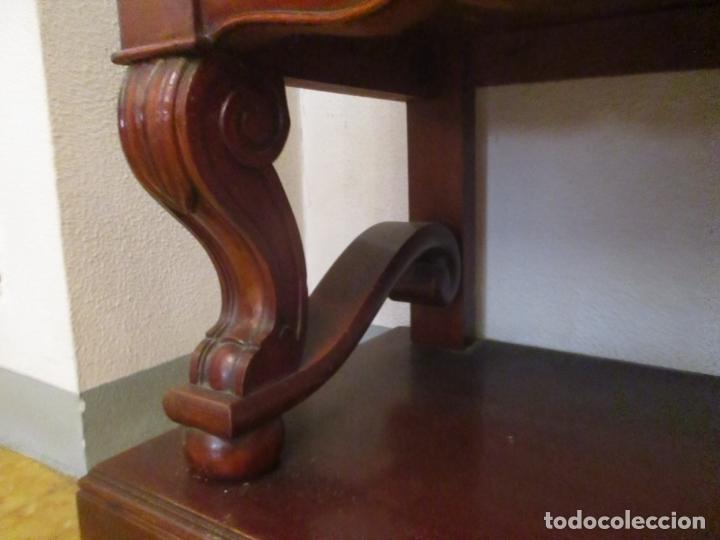 Antigüedades: Vitrina - Estilo Victoriana - Madera de Haya Color Caoba - con Peana - Años 40 - Foto 3 - 164441378
