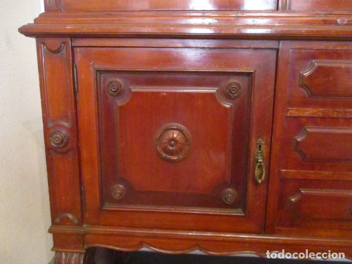 Antigüedades: Vitrina - Estilo Victoriana - Madera de Haya Color Caoba - con Peana - Años 40 - Foto 4 - 164441378