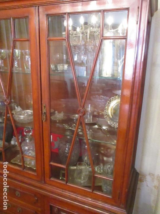 Antigüedades: Vitrina - Estilo Victoriana - Madera de Haya Color Caoba - con Peana - Años 40 - Foto 12 - 164441378
