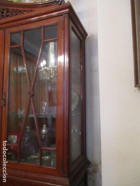 Antigüedades: Vitrina - Estilo Victoriana - Madera de Haya Color Caoba - con Peana - Años 40 - Foto 13 - 164441378