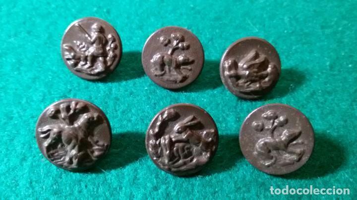 LOTE 6 BOTONES TEMA CAZA ANIMALES EN METAL (Antigüedades - Técnicas - Rústicas - Caza)