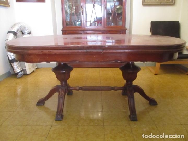 Mesa de Comedor, Ovalada - Extensible - Madera de Haya, Color Caoba - 2  Patas Talladas - Años 40