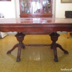 Antigüedades: MESA DE COMEDOR, OVALADA - EXTENSIBLE - MADERA DE HAYA, COLOR CAOBA - 2 PATAS TALLADAS - AÑOS 40. Lote 164455278