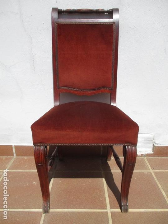 Antigüedades: Juego 6 Sillas de Comedor, Salón - Madera Haya, Color Caoba - Tapicería Terciopelo, Rojo - Años 40 - Foto 2 - 164459146