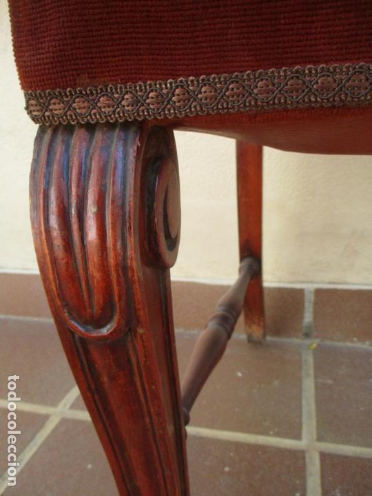 Antigüedades: Juego 6 Sillas de Comedor, Salón - Madera Haya, Color Caoba - Tapicería Terciopelo, Rojo - Años 40 - Foto 8 - 164459146