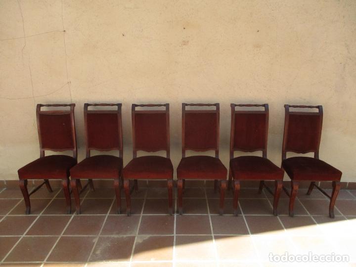 Juego 6 Sillas de Comedor, Salón - Madera Haya, Color Caoba - Tapicería  Terciopelo, Rojo - Años 40