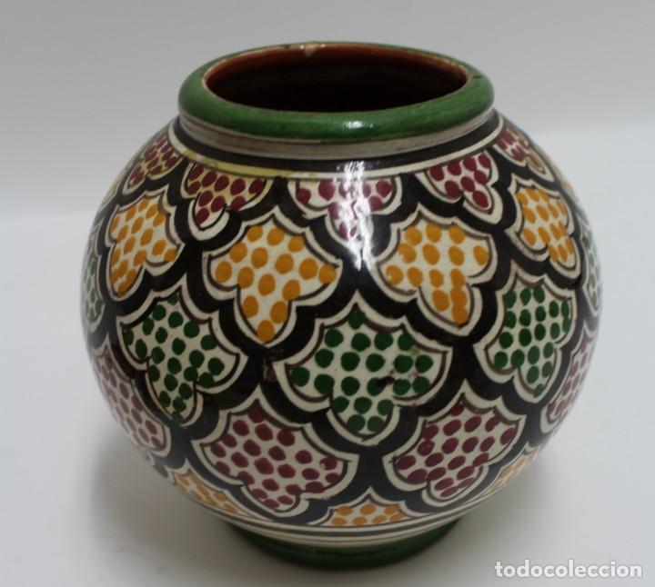 CERAMICA ESMALATADA,PINTADA A MANO. FIRMADA SERGHINI, MARRUECOS. S.XX. (Antigüedades - Porcelanas y Cerámicas - Otras)