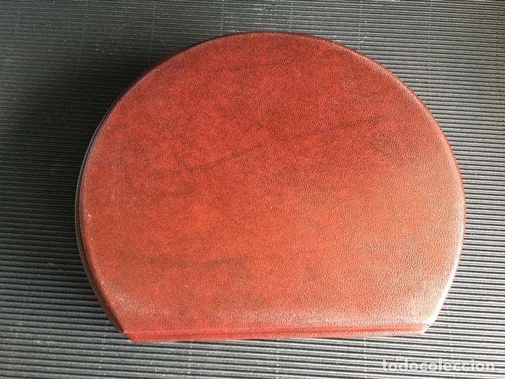 Antigüedades: MAGNIFICO JOYERO CON ESPEJO, FORRADO DE PIEL O IMITACIÓN - Foto 5 - 164482998