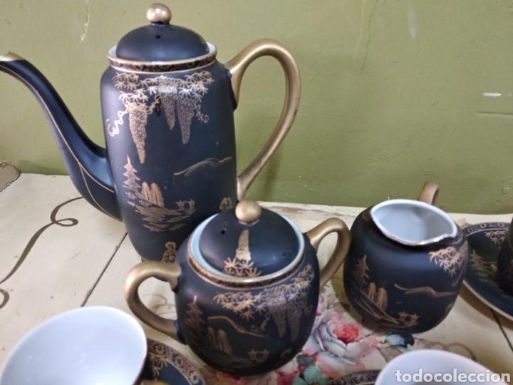 Antigüedades: Juego de cafe japones. Imagen Geisha. Eiho Japón. Cuatro servicios.Dorado y negro - Foto 2 - 164520073