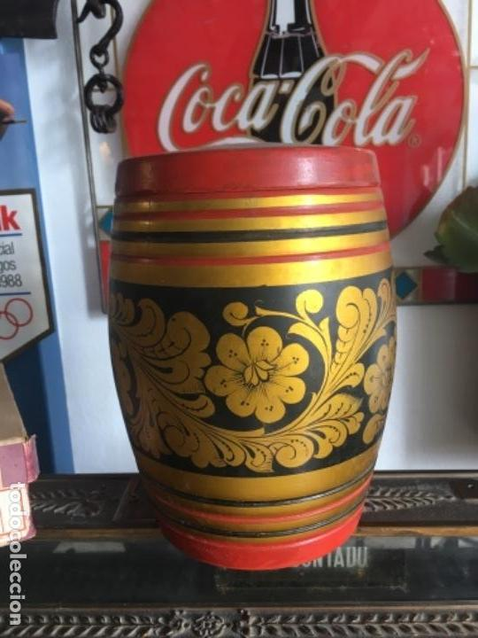 CAJA MADERA USSR (Antigüedades - Hogar y Decoración - Cajas Antiguas)