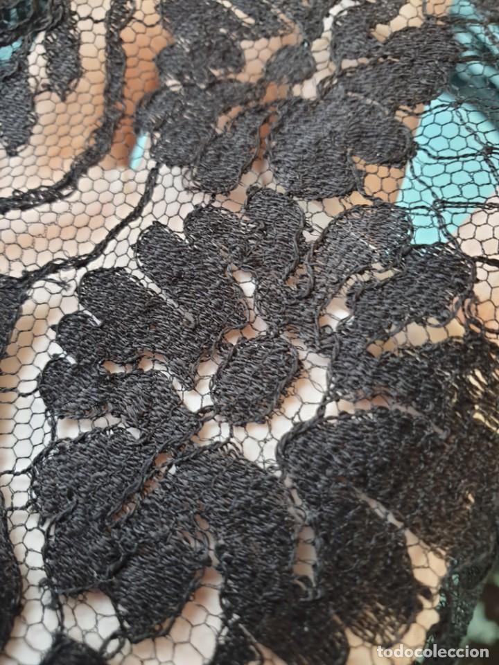 Antigüedades: Antigua Mantilla Negra 192 x 95 Cm - Foto 13 - 164578590