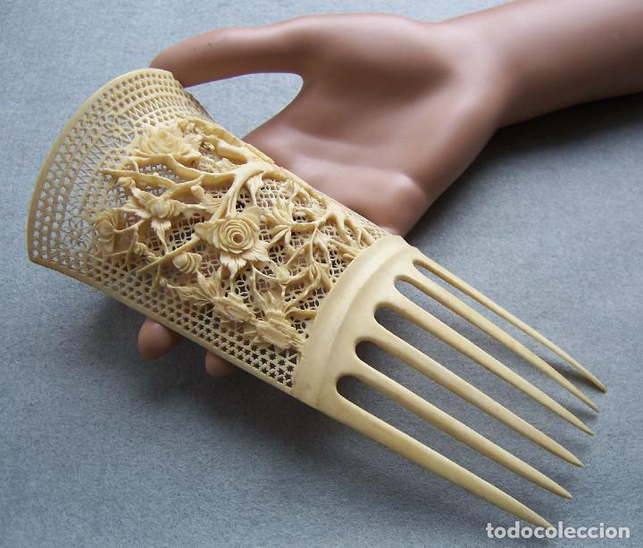 Antigüedades: Mano tallada antigüedad peine de marfil genuino del Oriente - Foto 7 - 164584370
