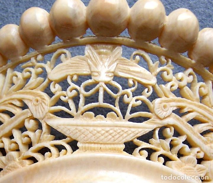 Antigüedades: Mano tallada antigüedad peineta de marfil genuino del Oriente - Foto 4 - 164585342