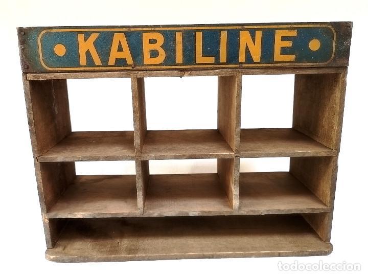 PEQUEÑO EXPOSITOR KABILINE (Antigüedades - Muebles Antiguos - Auxiliares Antiguos)