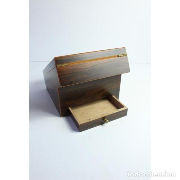 Antigüedades: Antigua caja de madera para tabaco - Foto 8 - 164638274