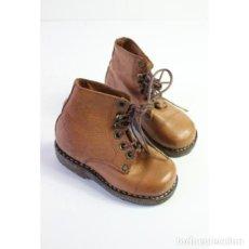 Antigüedades - Par de botas de cuero para niño - 164638430