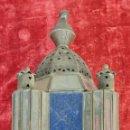 Antigüedades: FAROL DE VESTIBULO. LATÓN CALADO. CRISTAL ESTAMPADO. ESTILO ÁRABE. CIRCA 1950. . Lote 164670878