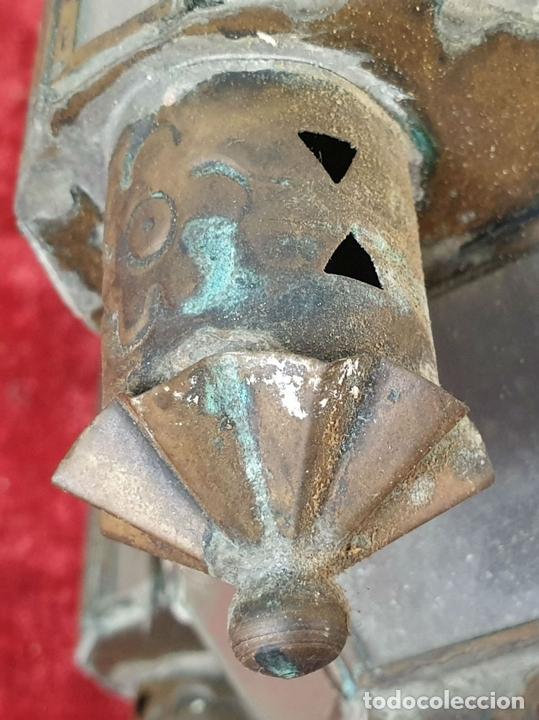 Antigüedades: FAROL DE VESTIBULO. LATÓN CALADO. CRISTAL ESTAMPADO. ESTILO ÁRABE. CIRCA 1950. - Foto 10 - 164670878