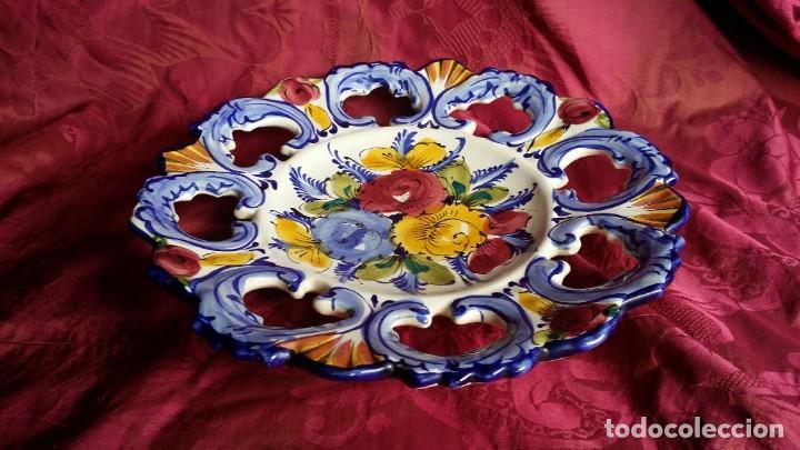 PRECIOSO PLATO FRANCÉS. (Antigüedades - Porcelana y Cerámica - Francesa - Limoges)