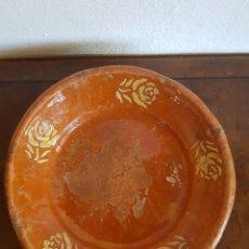 Antigüedades: GRANDE Y ANTIGUO PLATO HONDO O LEBRILLO POPULAR DE MATARO SG XIX 30CM.. Lote 164698337