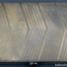 Antigüedades: PITILLERA EN PLATA DORADA GRABADA CON CABUJÓN PRIMER CUARTO DEL SIGLO XX. Lote 164706034