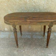 Antigüedades: MESA MACIZA DE MADERA. Lote 164720902
