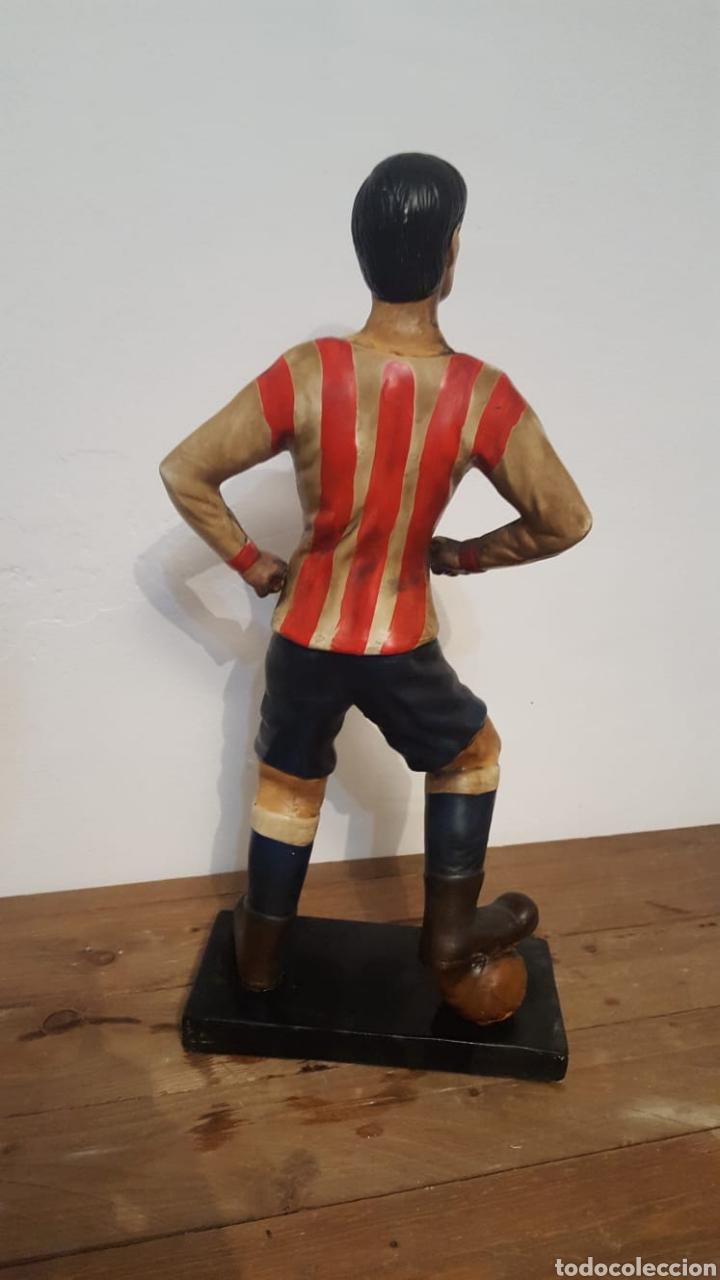 Antigüedades: Escultura de fútbolista - Foto 4 - 164734384
