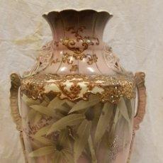 Antigüedades: JARRON MODERNISTA MARCAS EN BASE,ALTURA 44 CTMS. Lote 164757938